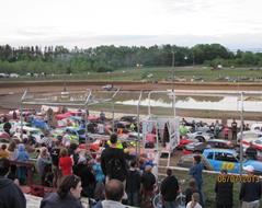 GREAT FAMILY ENTERTAINMENT AT ST. CROIX VALLEY RACEWAY!