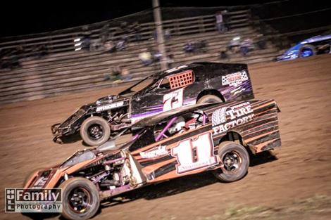 CGS Hopes To Have Another Tight IMCA Modified Point Battle In 2014
