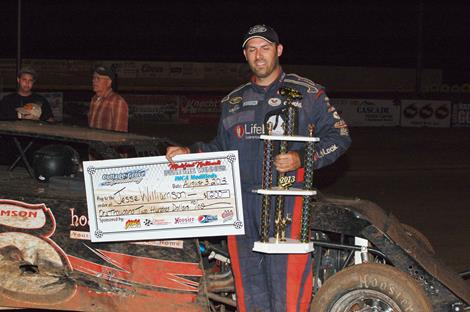 Jesse Williamson Wins 2013 Cottage Grove Speedway Modified Nationals; Ray and Cordell Also Victorious