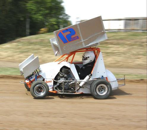 Micro Sprints To Frequent Sunset Speedway Park On Eight Occasions In 2014