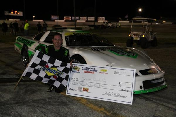 Dutilly honors Lindley with dominating victory
