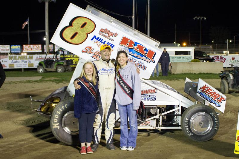Clark Gets Late Race Pass To Win Fast 305 Sprints Andrews Wins