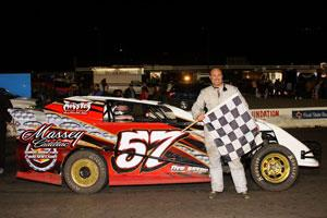 Circle Track Supply >> Wesp Wins Blaine S Motor Supply Usa Limited Modifieds At Devils Bowl