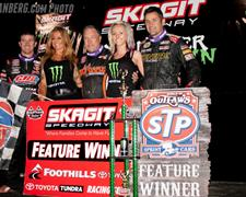 Swindell Dominates World of Outlaws STP Sprin