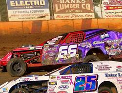 Tight Budweiser IMCA Modified Point Battle At SSP;