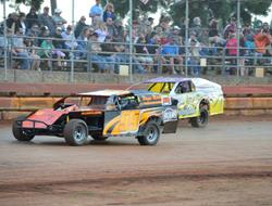 $650.00 To Win Budweiser IMCA Modified Event At SSP Saturday April 18th; 2015 Sunset Season Opener Sure To Be A Thriller