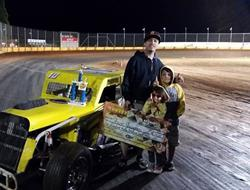 Shane Youngren Wins First Dwarf Car Race Of 2015