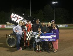 D. Redmond And King Win During Firday Night Thrill