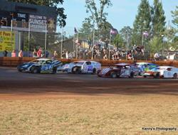 Sunset Speedway Park Returns For Budweiser Modifie