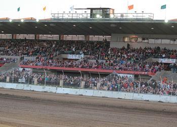 Outlaws take on Stockton Dirt Track