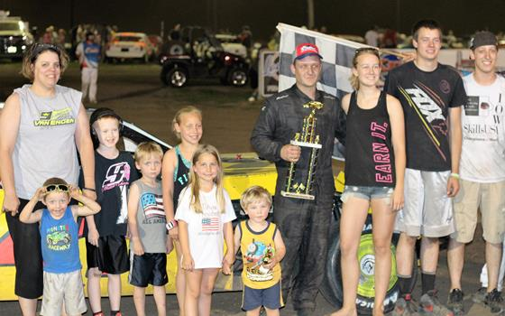 One Hot Night With LMSS & USRA Weekly Racing