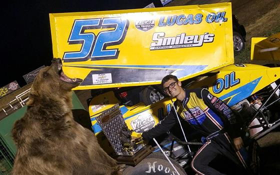 Blake Hahn Wins Night 1 of the Lucas Oil...