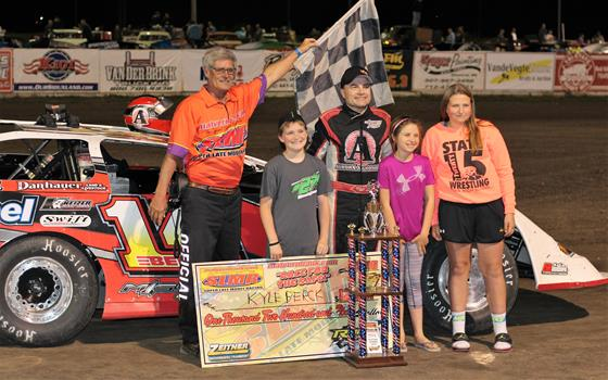 Kyle Berck Takes Win as SLMR Series Invades