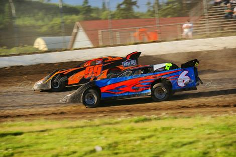 Northwest Extreme Late Model Series Back At GHR One Last Time