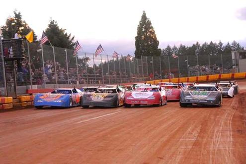 NW Extreme Late Model Series Opens Up Saturday