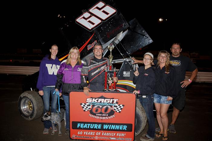Martinez Returns to Victory Lane at Skagit Speedway