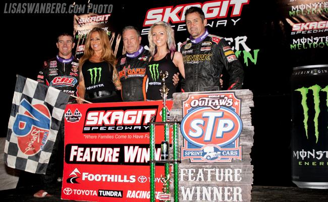 Swindell Dominates World of Outlaws STP Sprint Cars at Skagit