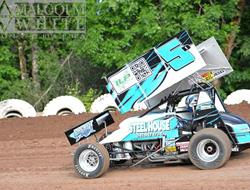 Dills Learns Lessons on Heavy Cottage Grove Speedway Against 360s