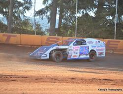 Craig Cassell Hopes To Rally His Season At Dancin Bare Topless Modified 100