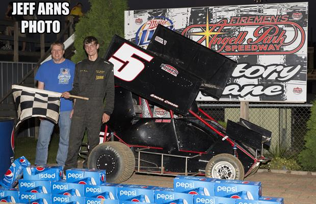 """Boden wins third straight Micro feature at APS"""