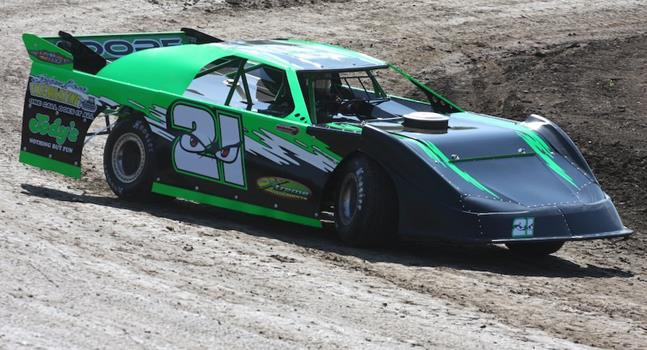 Steve Moore Makes 2015 Late Model Debut; Looks For Another Clair Cup Win