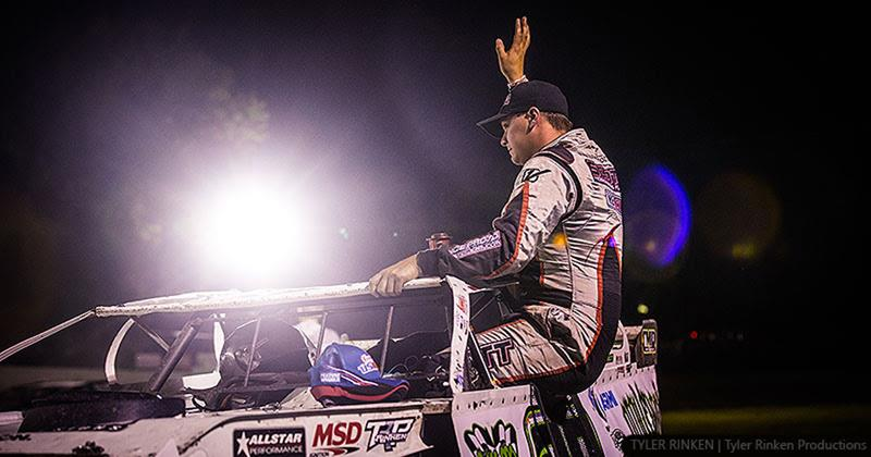 Schott wires USMTS main at West Union - Fayette County Speedway