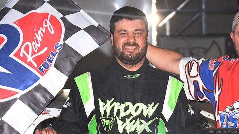 Ramirez rumbles to USMTS prize at Rock Rapids - Rapid Speedway, Rock
