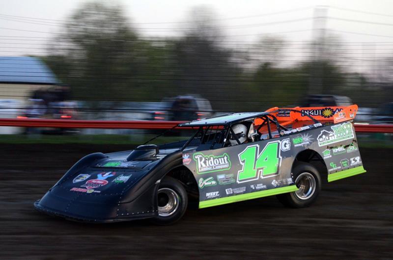 Joe Godsey scores first win of 2019 at Monett Motor Speedway